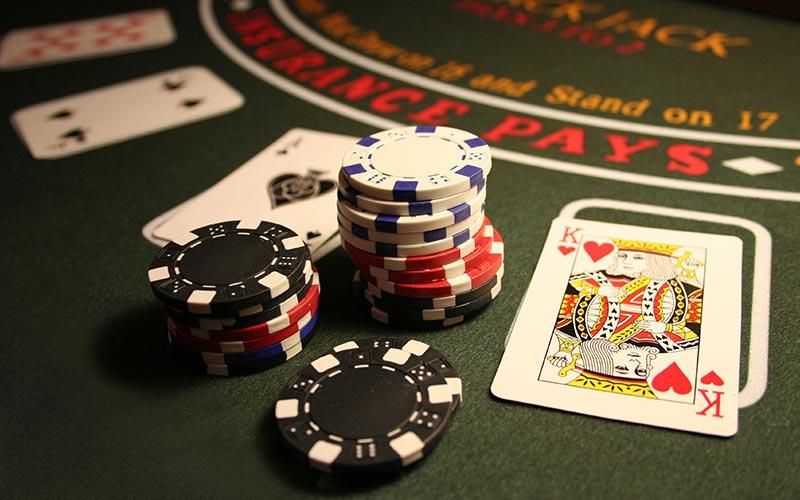 Бизнес на онлайн казино как играть простыми картами в мафию